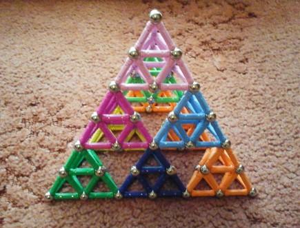 Sierpinski tetrahedron 3 layers_4
